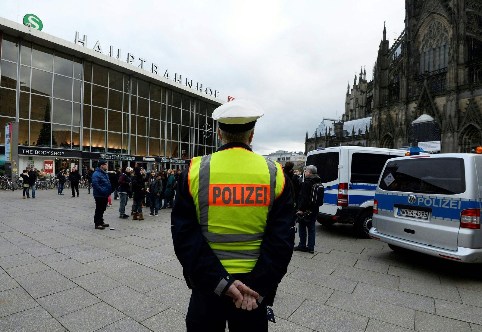 Köln / Hauptbahnhof / Polizei