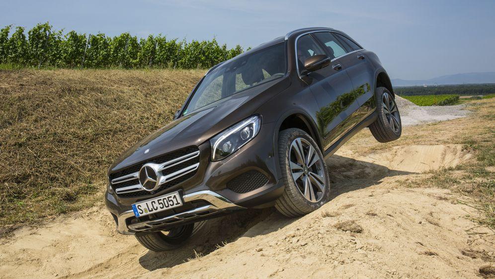 Autogramm Mercedes GLC: Um die Ecken gebracht