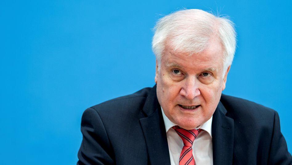 Bundesinnenminister Seehofer: »Investition in die Zukunft unsererPolizei«