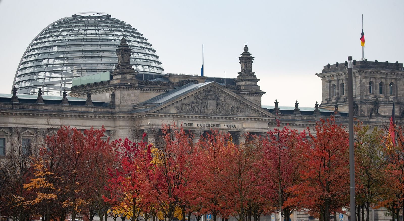 Sudden death of German Parliament Vice President Oppermann, Berlin, Germany - 26 Oct 2020