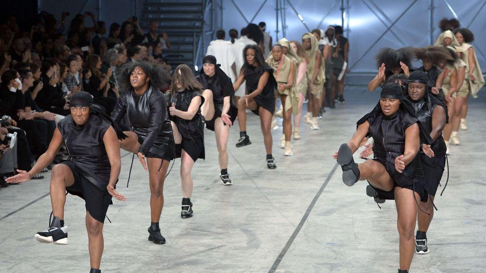 Modenschau von Rick Owens: Tanzen, stampfen, klatschen