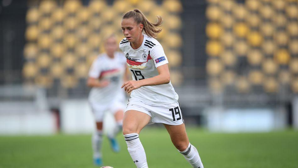 Erzielte in bisher elf Länderspielen sieben Tore: Klara Bühl