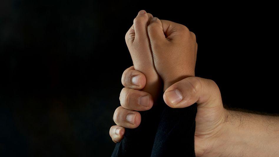 Gewalt gegen Kinder
