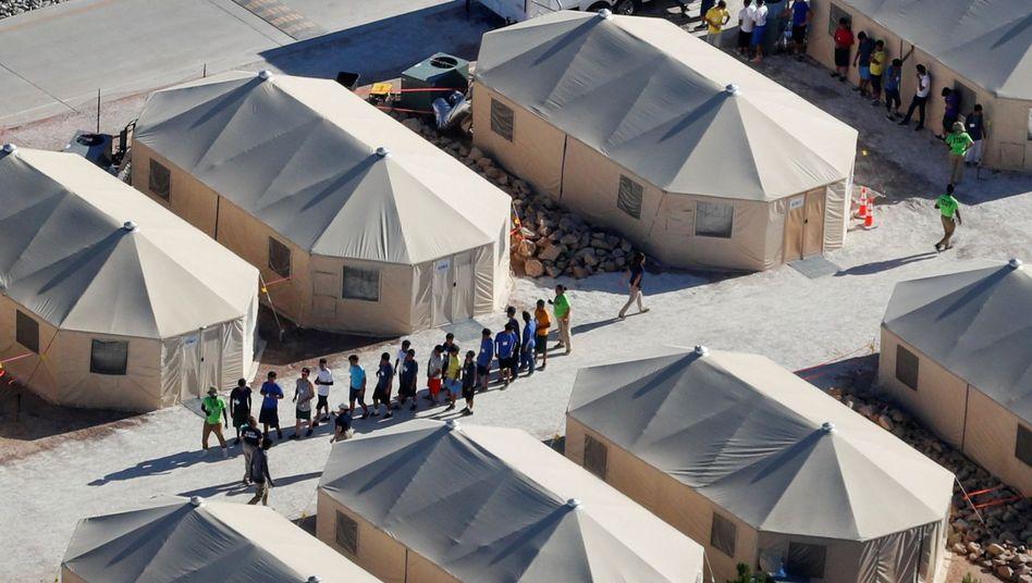 Kinder in texanischem Flüchtlingslager