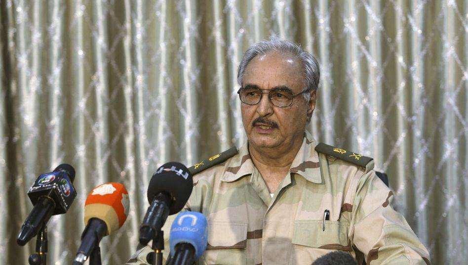 Warlord Haftar: Feuerpause doch noch akzeptiert (Archivbild vom Mai 2017)