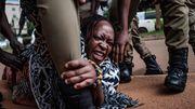 """""""Das Knie von Diktator Museveni drückt schon zu lange auf unseren Hals"""""""