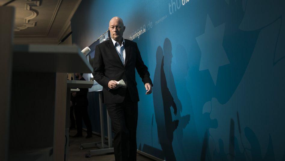 6. Februar 2020: Der am Vortag gewählte Ministerpräsident Kemmerich (FDP) nach einer Pressekonferenz in der Staatskanzlei in Erfurt.