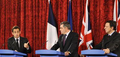 Europa-Politiker Sarkozy, Brown, Barroso: Staatshilfen gegen die Krise