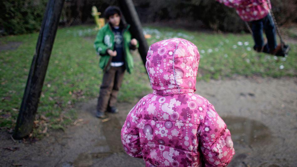"""Kinder auf dem Spielplatz: """"Es gibt keine sinnvolleren Ausgaben für einen Staat"""""""