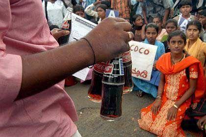 Proteste gegen Coca-Cola und Pepsi: US-Getränkehersteller siegen vor Gericht
