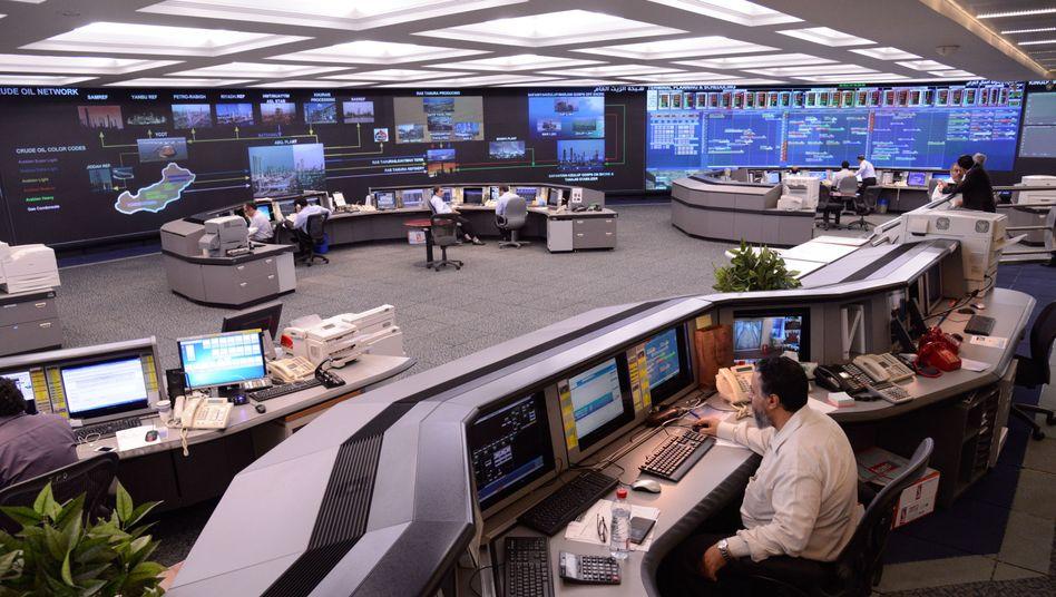 Kontrollzentrum von Saudi Aramco: Der Börsengang hat 23,1 Milliarden Euro eingebracht