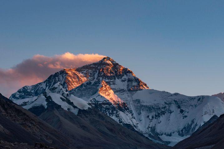 Sonnenuntergang am Everest: Ewiger Sehnsuchtsort von Bergsteigern
