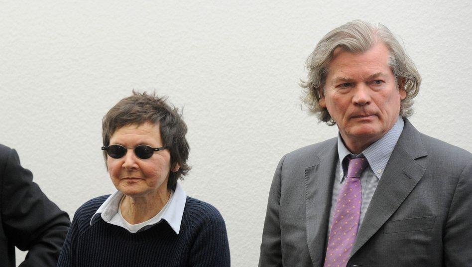 """Becker mit ihren Anwälten: """"Am Attentat nicht in strafrechtlich relevanter Weise beteiligt"""""""