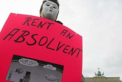 Praktikanten-Protest (am 1. April in Berlin): Auch der Bundesarbeitsminister will helfen