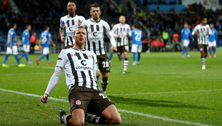 Henk Veermann feiert seinen Siegtreffer