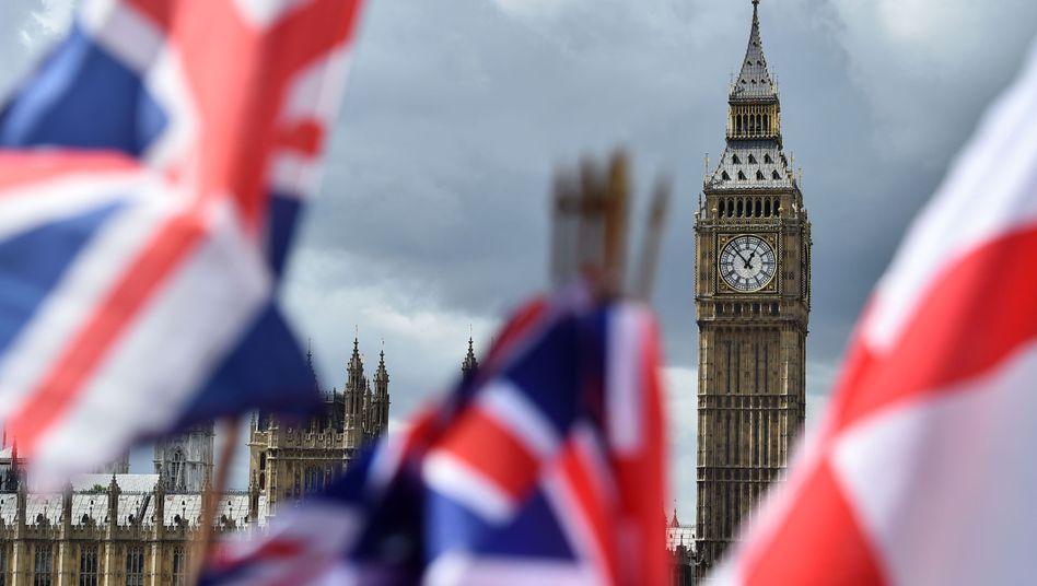 Blick auf London mit Elizabeth Tower