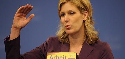 FDP-Spitzenkandidatin Koch-Mehrin: Briefwahl auf Kosten der Bürger?