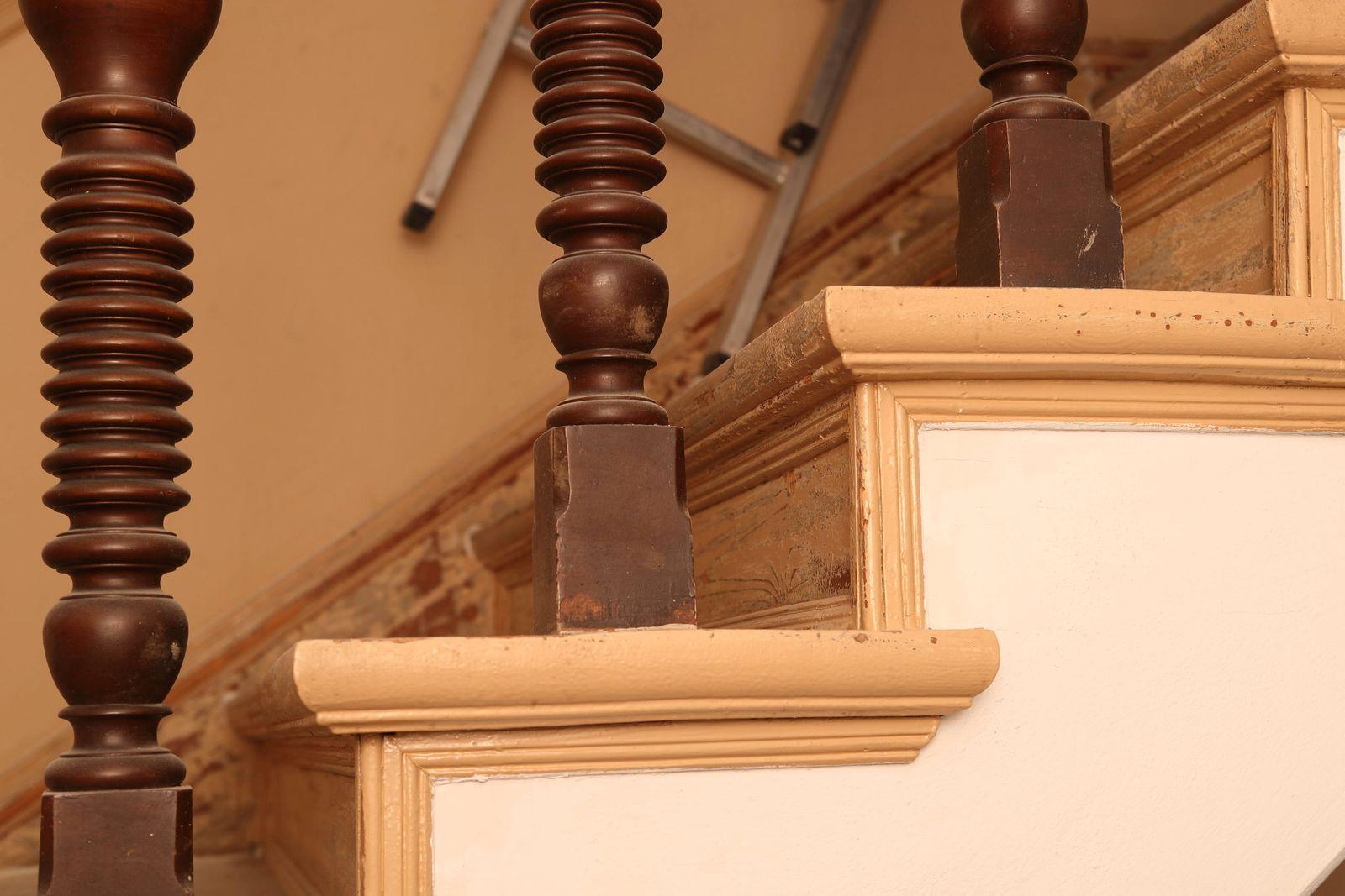 Treppenhausrenovierung GER, 20200202, Symbolbild, Treppenhausrenovierung *** Staircase renovation GER, 20200202, Symbol