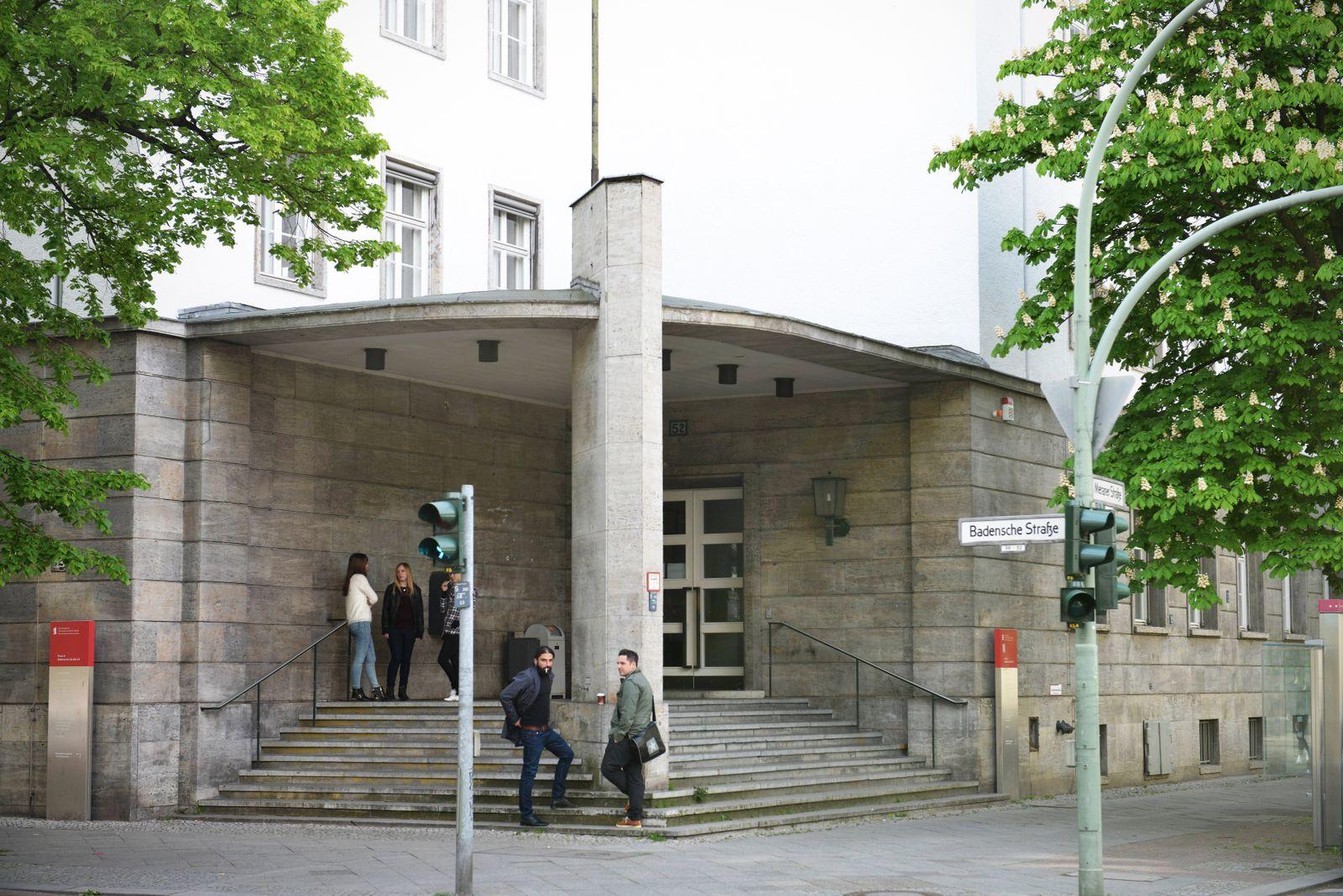 Hochschule f¸r Wirtschaft und Recht Badensche Strasse Schoeneberg Berlin Deutschland Hochschule