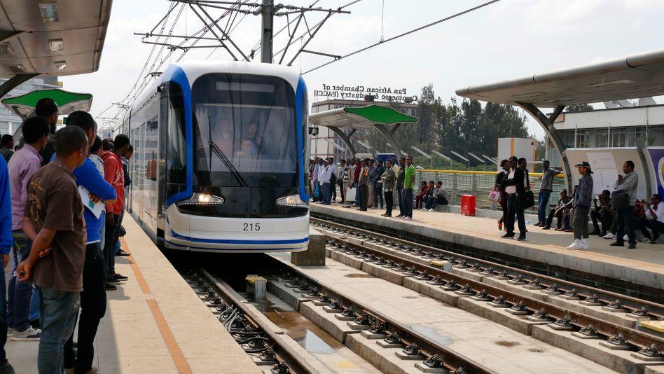 """Addis Ababa Light Rail: """"Meilenstein in der Entwicklung des Landes"""""""