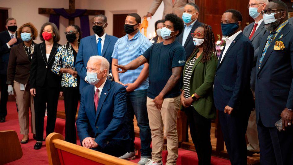 Präsidentschaftskandidat Biden beim Besuch einer Kirchengemeinde in Delaware im Zuge der Anti-Rassismus-Proteste (Archivfoto)
