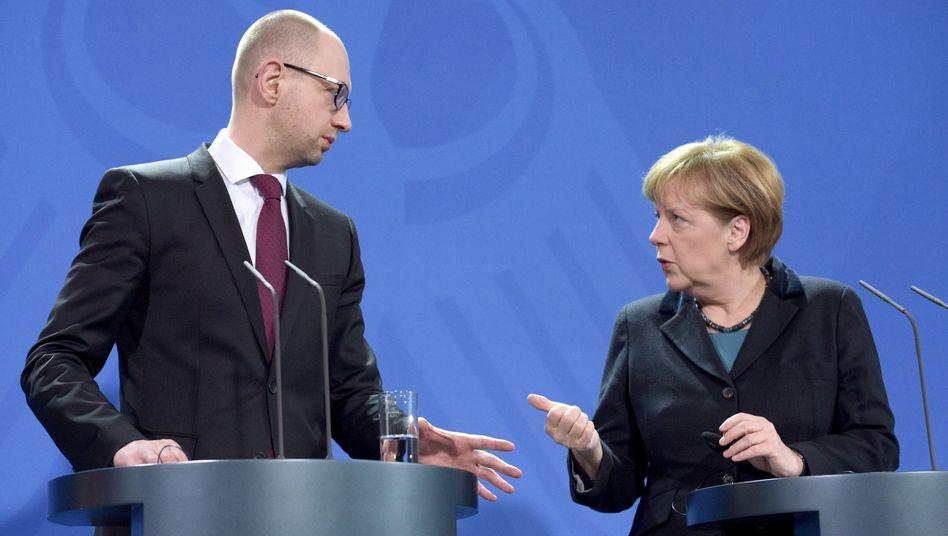 """Kanzlerin Merkel und Ministerpräsident Jazenjuk: Suche nach einer """"Roadmap"""""""