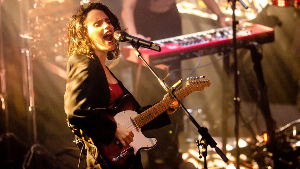 Calvi-Konzert im Berghain: Ich bin viele, ich bin vieles