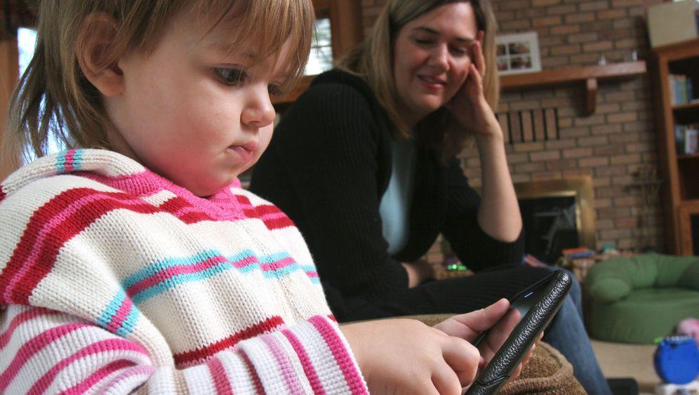Erziehung: Die Faszination von Smartphones und Co.