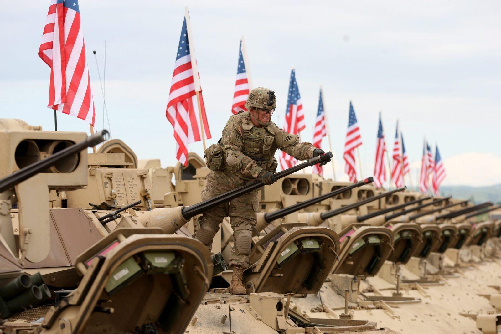 Nato/ Soldat