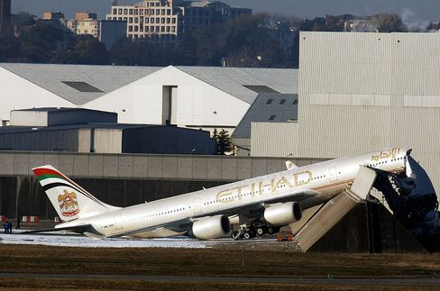 The Airbus A340-600 destined for delivery to Etihad Airlines failed to pass its last tests on Nov. 15 at the Toulouse-Blagnac airport.