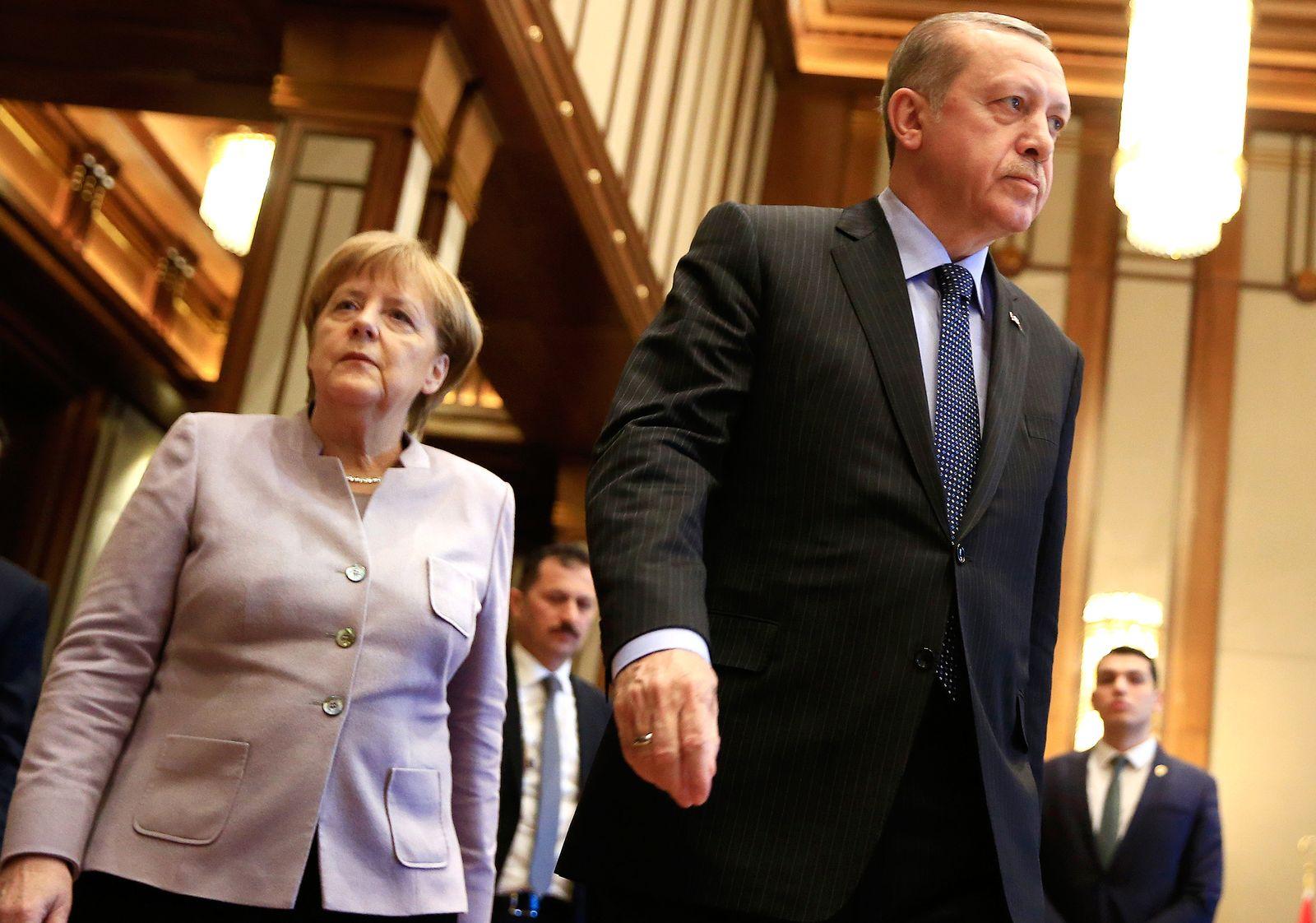 Merkel reist nach Istanbul