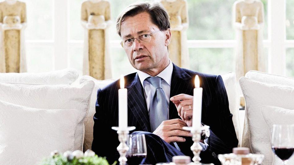 Schuldner Middelhoff in seinem Haus in Bielefeld: 70000 Euro Lebenshaltungskosten pro Monat