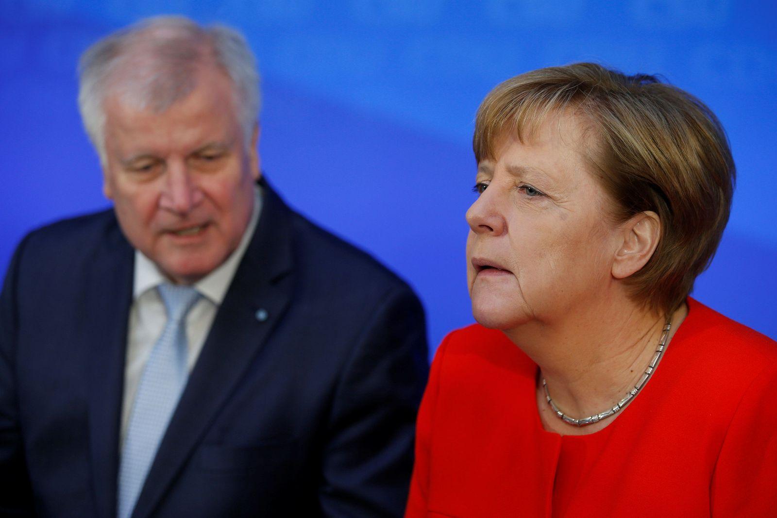 Seehofer & Merkel