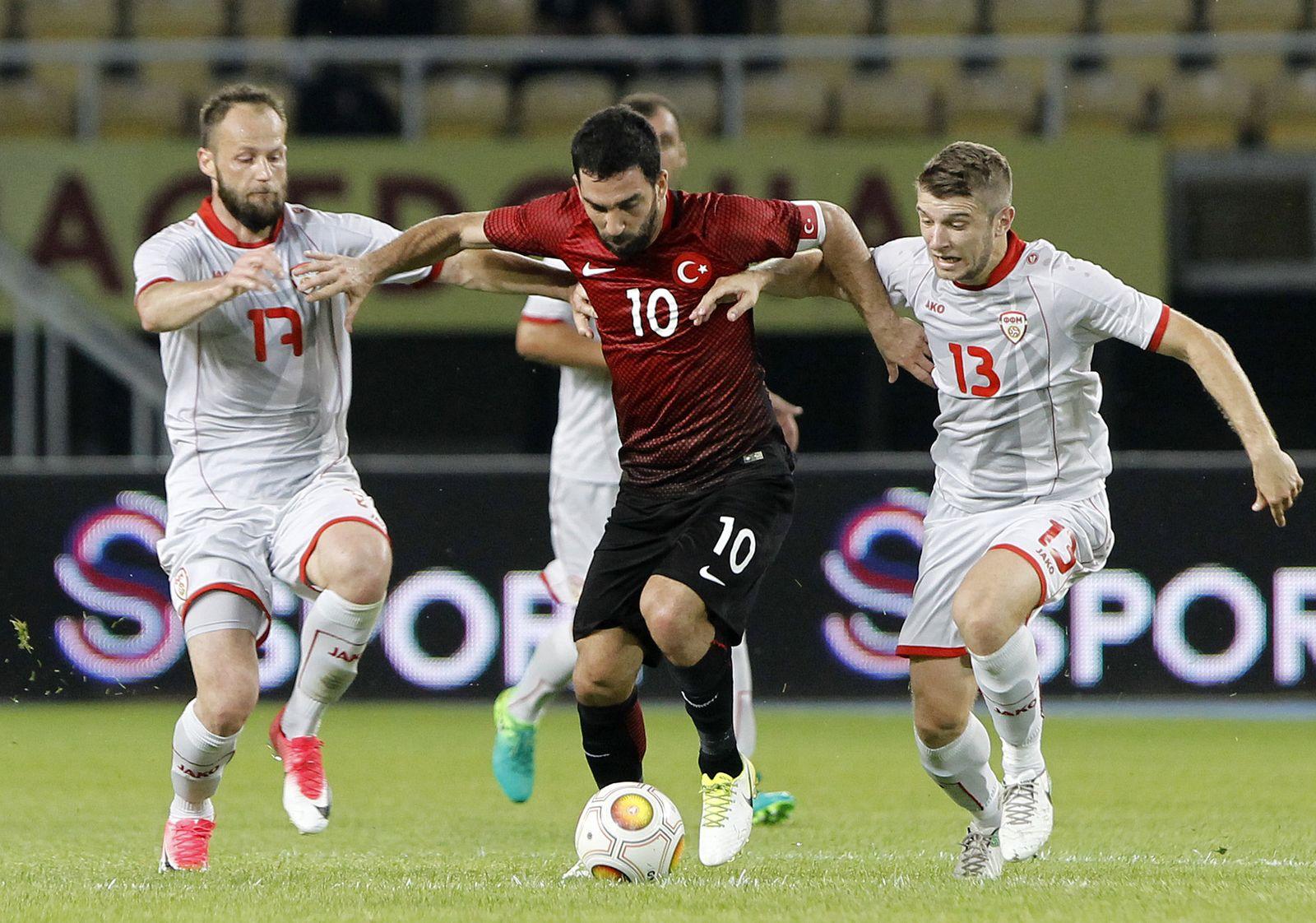 Macedonia Turkey Soccer