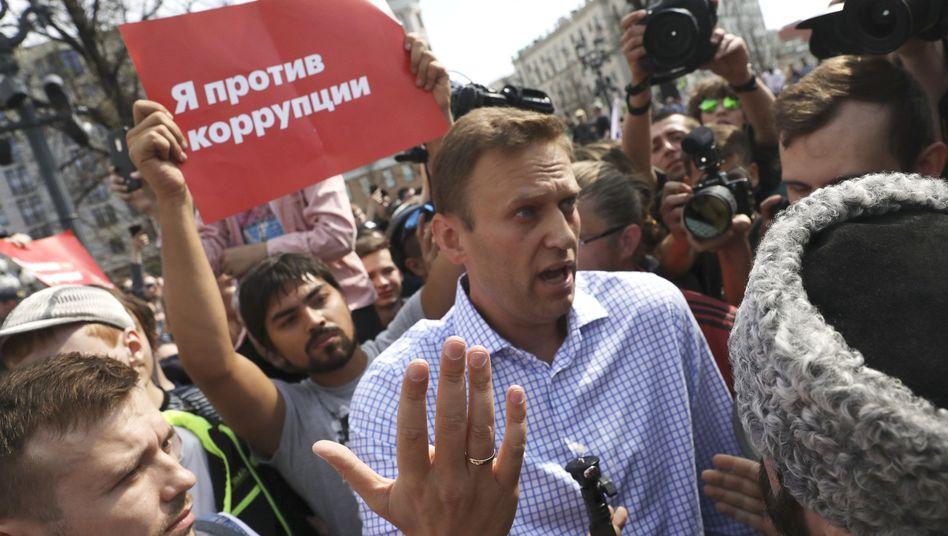 Alexej Nawalny bei Kundgebung in Moskau