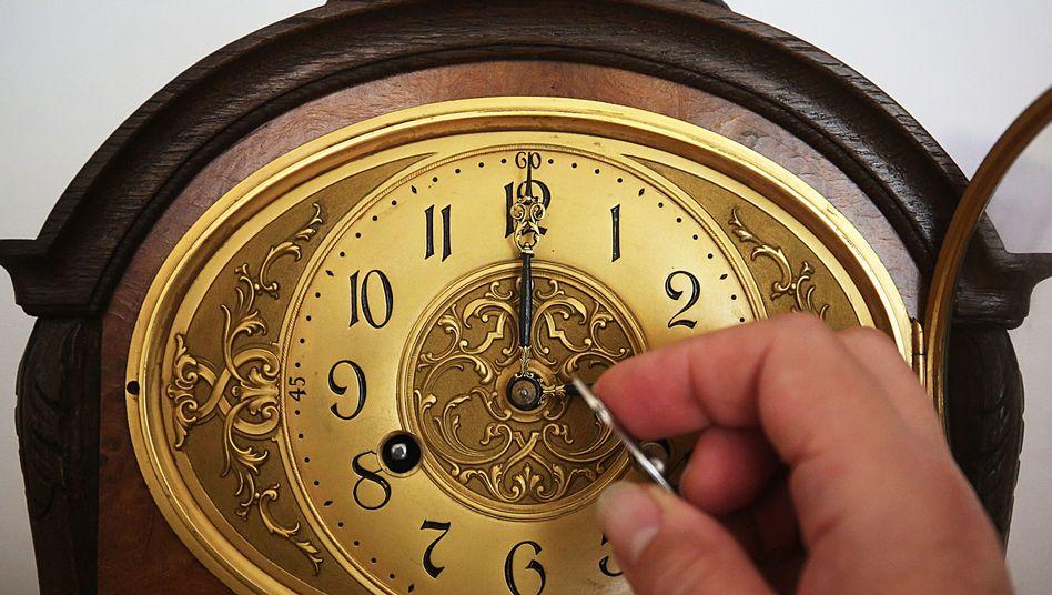 Uhr (Archivbild)