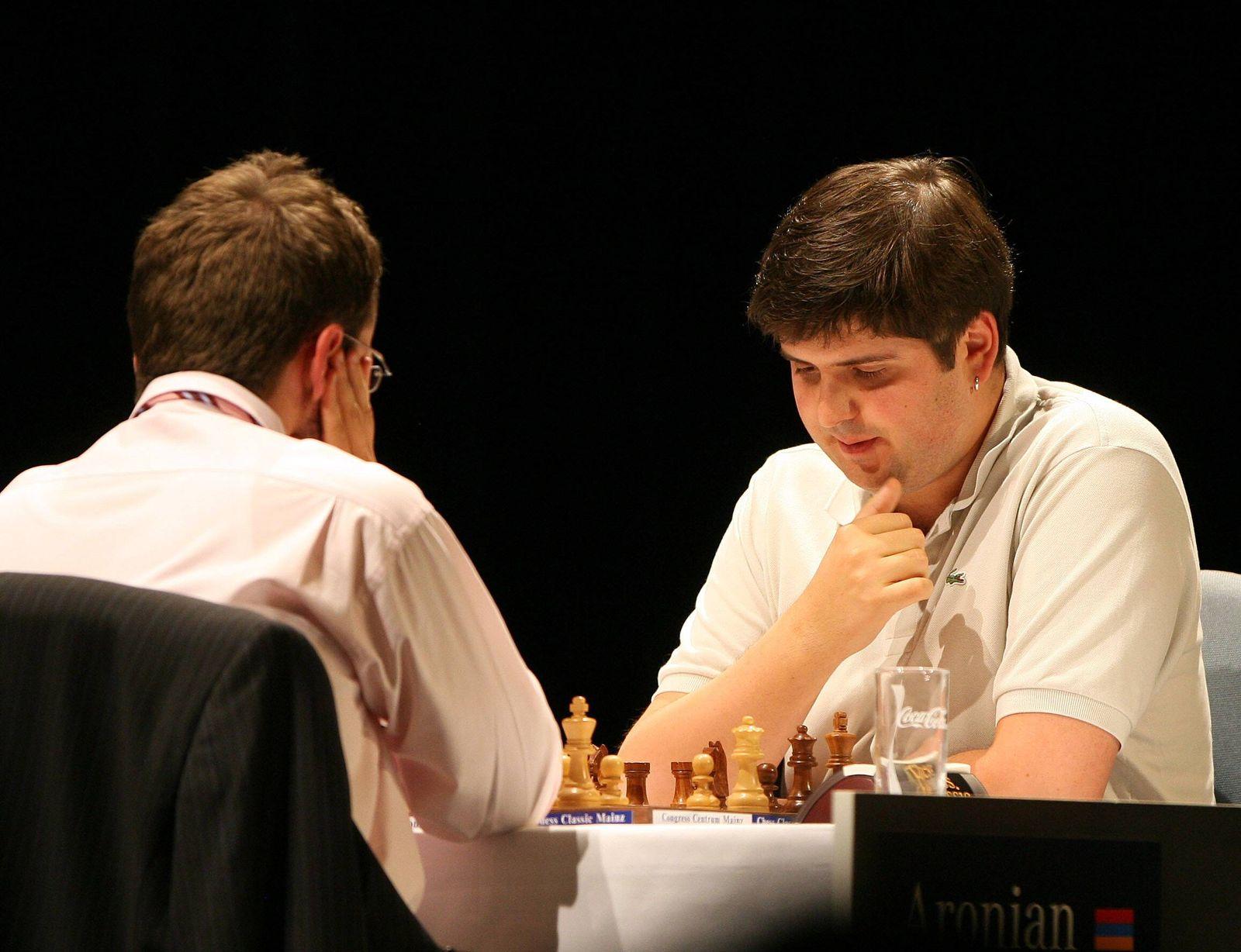 EINMALIGE VERWENDUNG Schachspieler/ Schach/ Peter Swidler