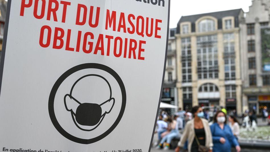 Die Maskenpflicht in geschlossenen, öffentlichen Räumen gilt in ganz Frankreich - das haben aber offenbar noch nicht alle verstanden