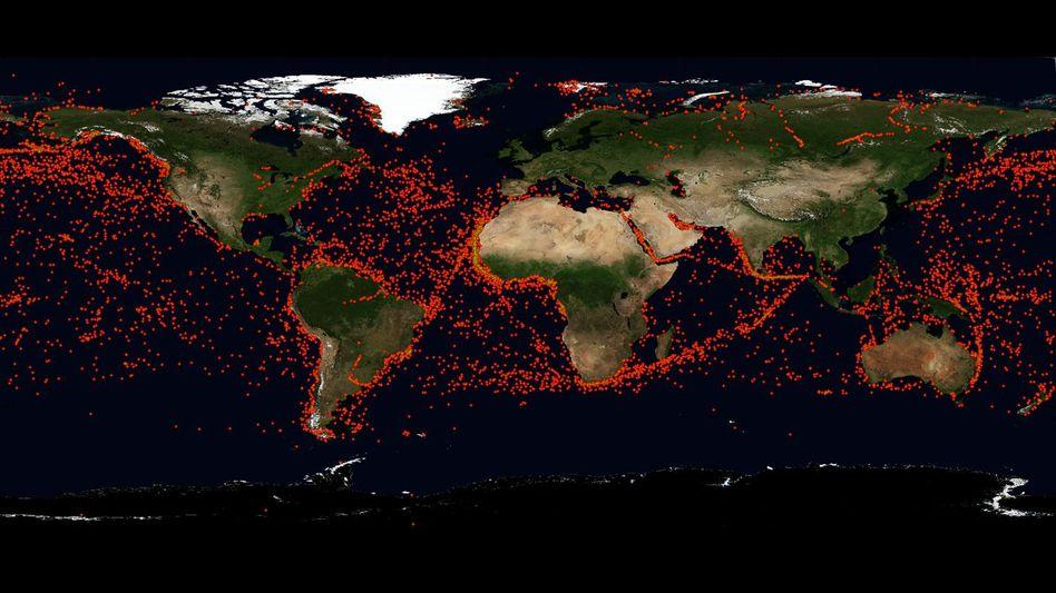 Jeder Punkt ein Schiff: Zehntausende Meldungen von allen Meeren der Welt