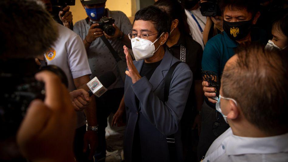 Journalistin Maria Ressa nach dem Schuldspruch in Manila