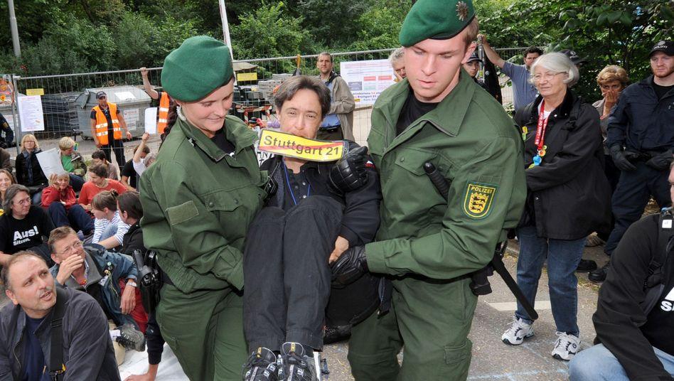 Stuttgart-21-Gegner: In Zukunft muss er für den Abtransport zahlen