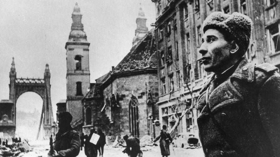 Soldat in Ungarn 1945: Sándor Márais Novelle lässt den zeitlichen Abstand schmelzen