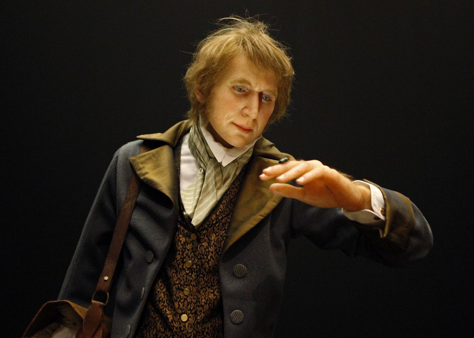 Charles Darwin / Waxfigur