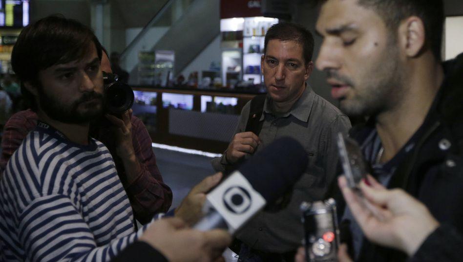 """Miranda (r., mit Partner Greenwald): """"Sie behandelten mich wie einen Kriminellen"""""""