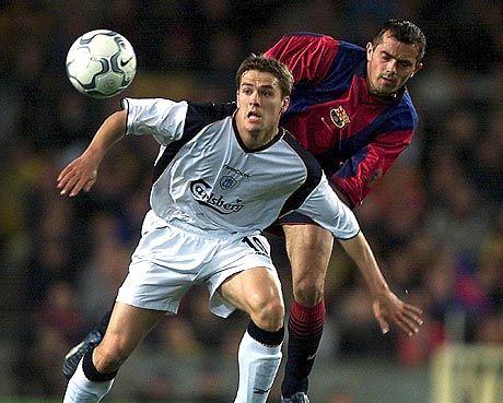Die Statistik spricht gegen englische Clubs: Stürmerstar Michael Owen (l.)