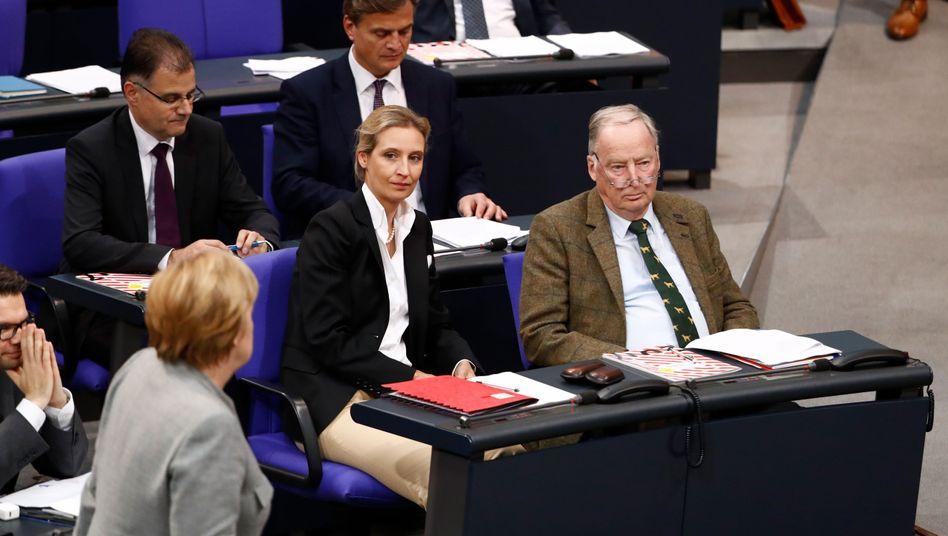 Kanzlerin Merkel, AfD-Politiker Weidel, Gauland (im Bundestag)