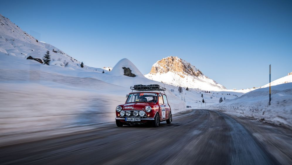 Winterrallye Coppa delle Alpi: Ein Mini im Schnee