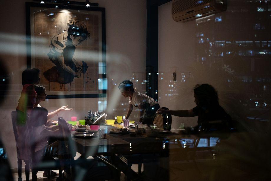 Blick ins Wohnzimmer der Familie Bedi Singh