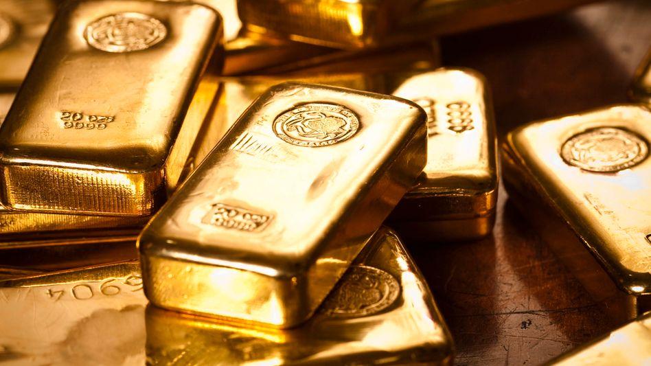 Goldbarren (Symbolbild): »Dumme Leute mit viel Kohle«