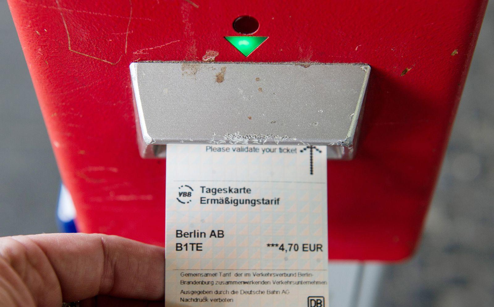 Fahrschein für Nahverkehr / S-Bahn / Berlin